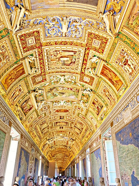 Things to See in Rome - Vatican Museum
