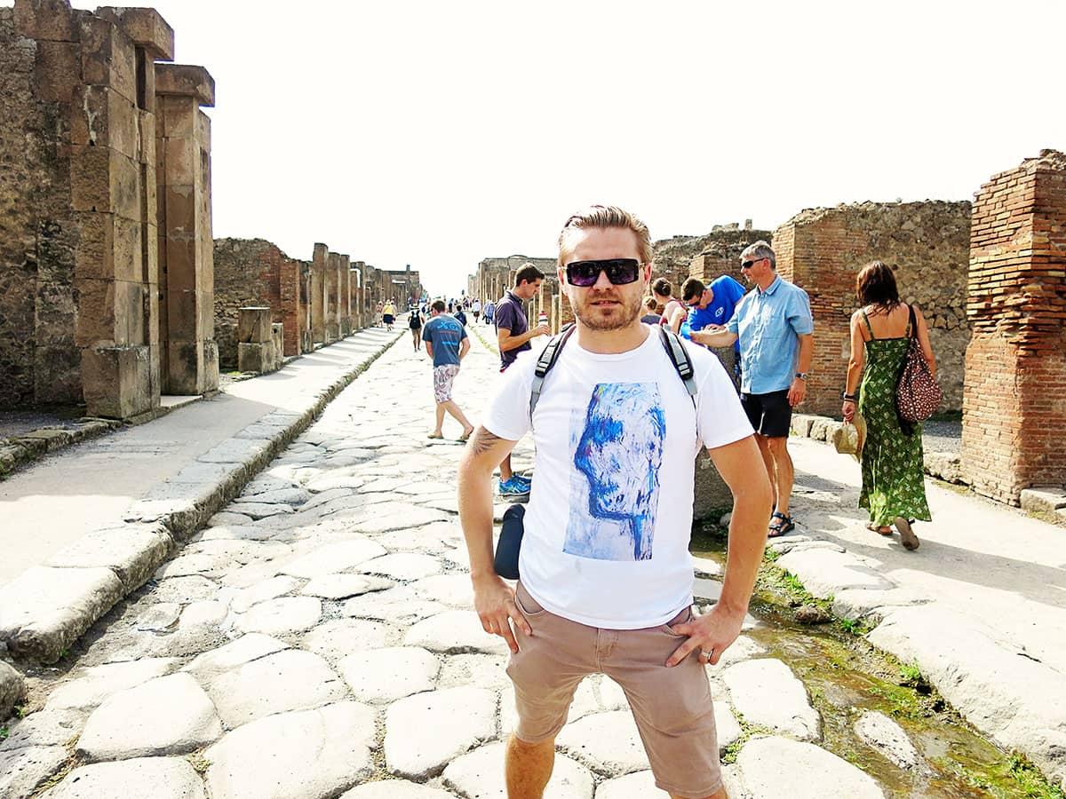 pompeii wanderlust storytellers 4