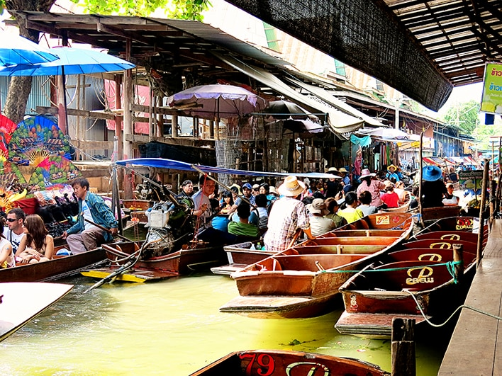 An Amazing Bangkok Tour To Visit Floating Markets River Kwai