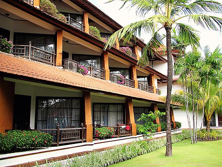 Nusa Dua Hotel wanderlust-storytellers-1 (13)