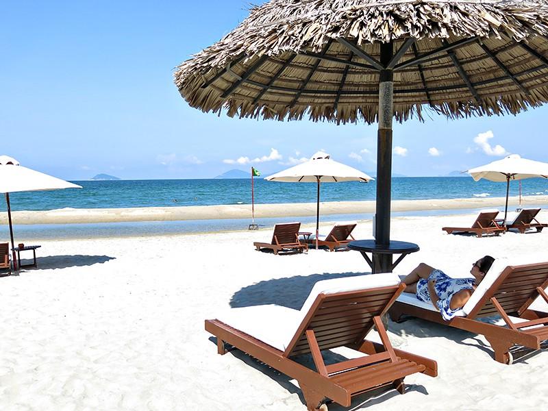 Hoi-An-Beach-by-Wanderlust-storytellers---cua-dai-6
