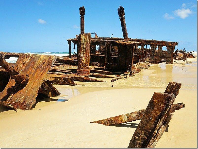 Fraser-Island-Queensland-Maheno-Shipwreck-1