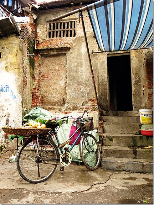 Authentic-things-to-do-in-Hanoi-(9)