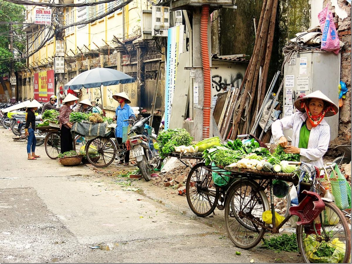 things-to-do-in-Hanoi-Bicycles