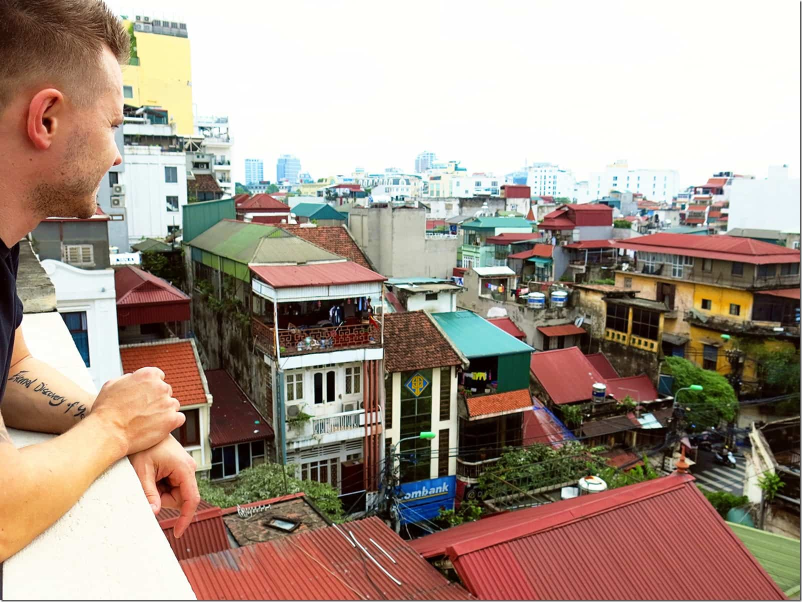 things-to-do-in-Hanoi-Overlooking-the-city