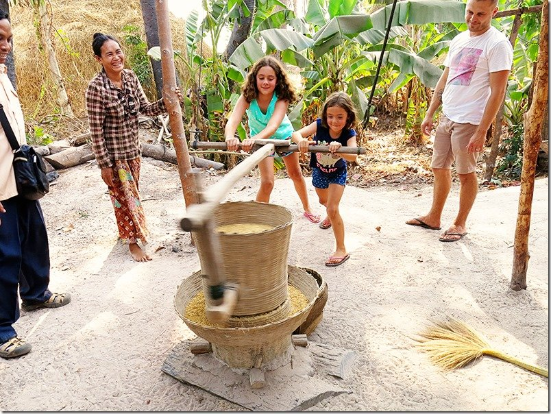 Cambodia Tours: Rice Processing and Preparation 4