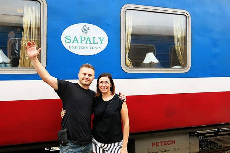 How to get from Hanoi to Sapa EASILY: Train or Bus to Sapa?
