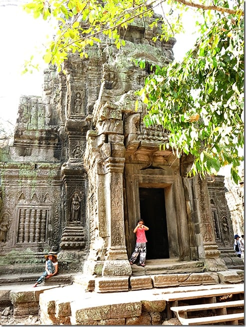Ta Prohm with Kids 3
