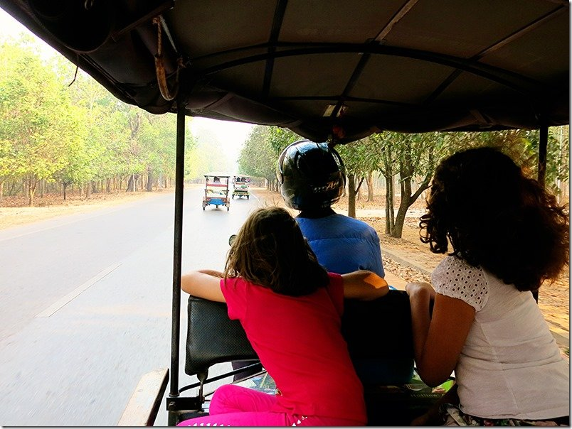 Tuk-Tuk-to-Angkor-Wat-with-Kids