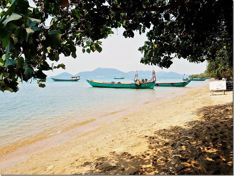 Koh-Tonsay-Rabbit-Island-Boats