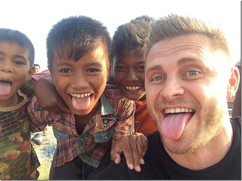 travelling to Cambodia - friendly faces
