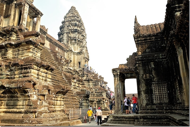 Angkor Wat Pictures and Angkor Wat Video