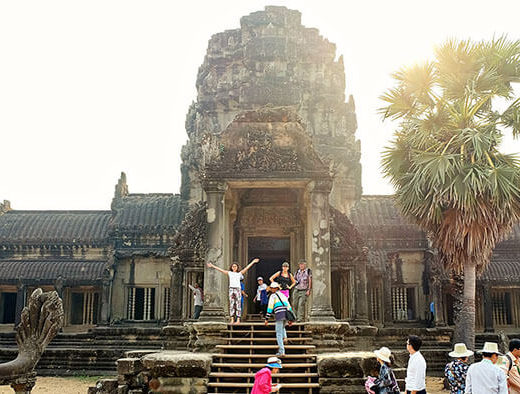 15 Captivating Angkor Wat Pictures & Sweet and Short Angkor Wat Video