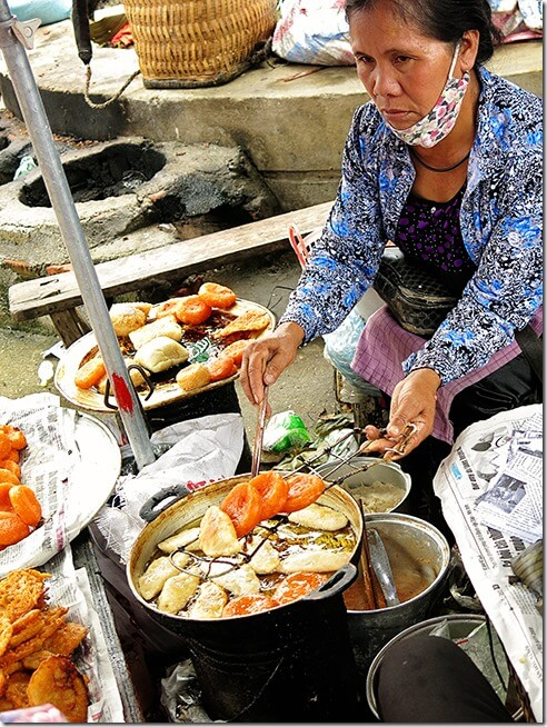 Bac Ha Markets - Cooking Food