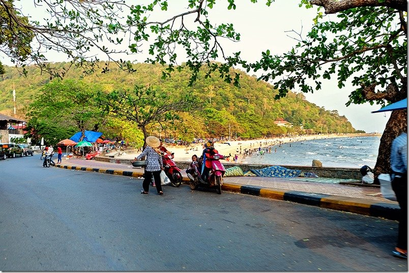 What to do in Kep - Kep Beach