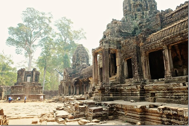 Angkor Thom Bayon Temple Pictures