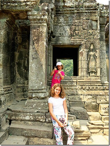 Fascinating Bayon Temple Pictures and The Bayon Temple, Siem Reap Video