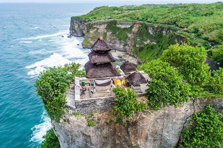 Uluwatu Temple - what to see in South Bali