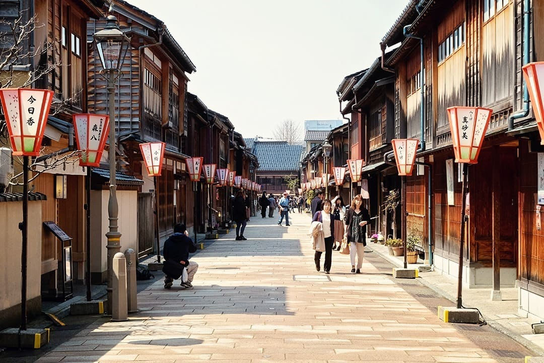 What to do in Kanazawa - Higashi Chaya District