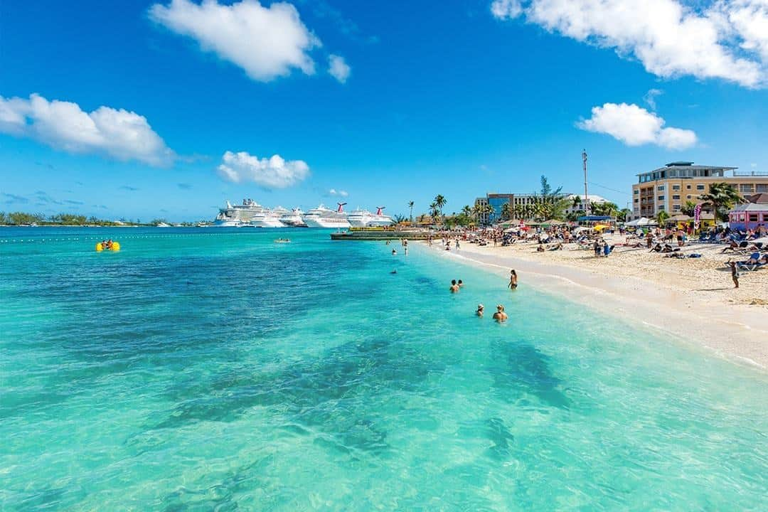 junkanoo beachs water is inviting in nassau bahamas - Best Christmas Vacation