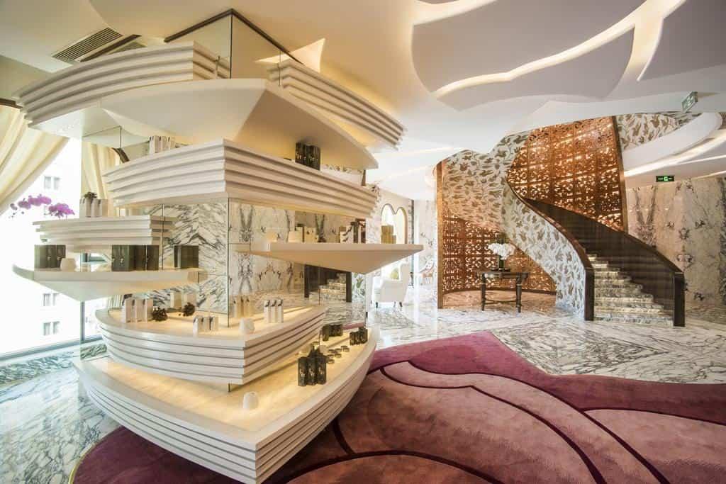 Experience the Unbeatable 6-Star Luxury at the Reverie Saigon!
