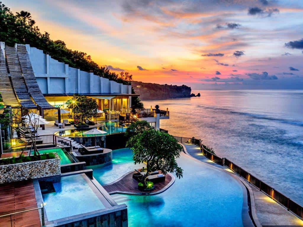 Book your Luxurious Experience at Anantara Uluwatu Bali    Bali Tourist Destinations: thirteen BALI  EBOOK