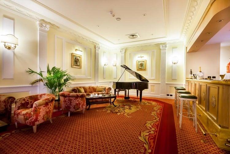Grand Hotel Ritz Rome Lounge