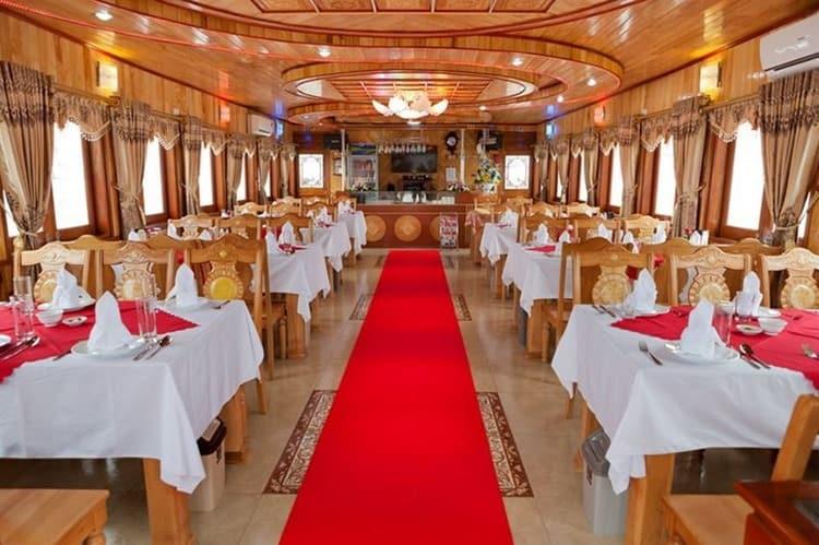 Alova Cruises Halong Bay Dining