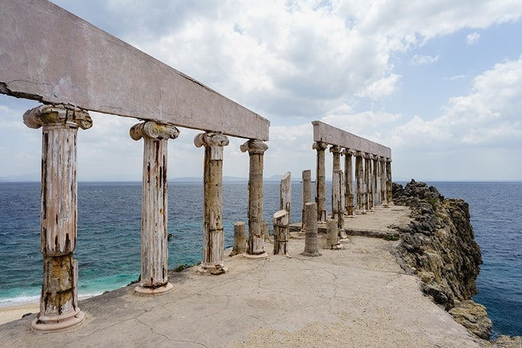 Acropolis ruins in Fortune Island
