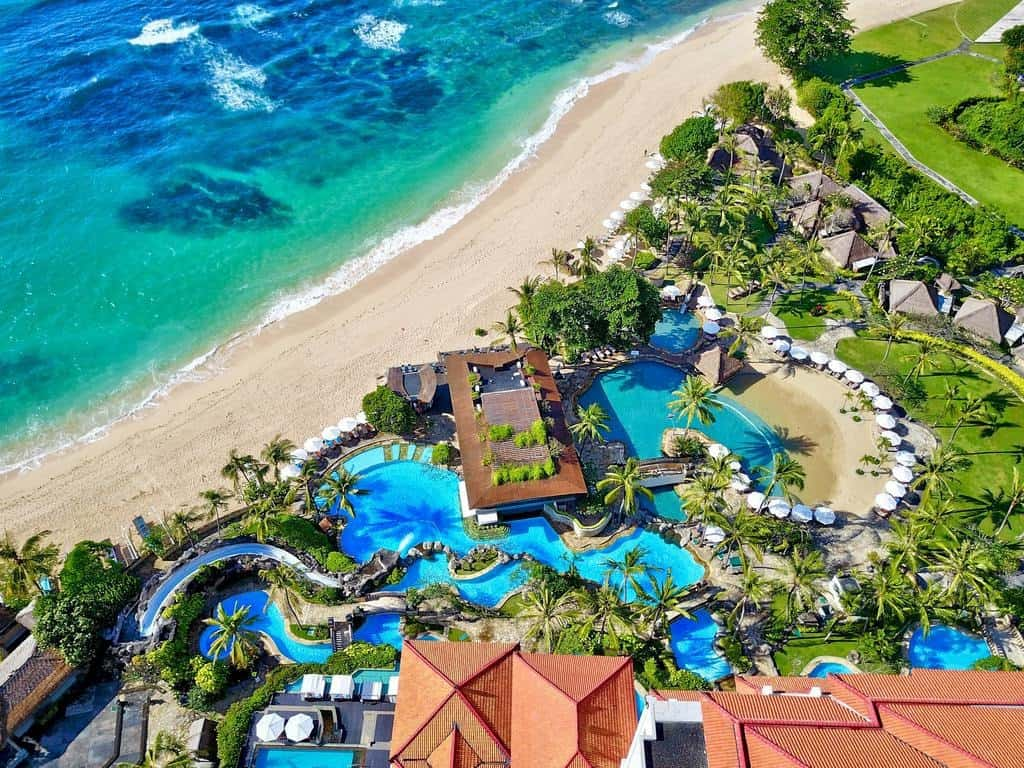Guide to 18 of the best family hotels and resorts in bali for Bali resorts