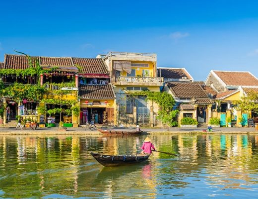 Best time to visit Vietnam - Hoi An old Town Vietnam