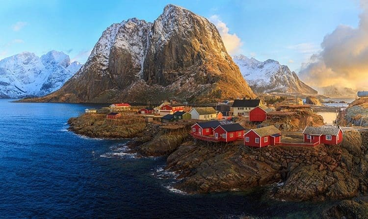 Sunrise over the fishing village of Reine in Lofoten, Norway