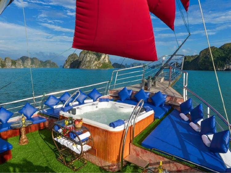 Oasis Cruise Halong Bay
