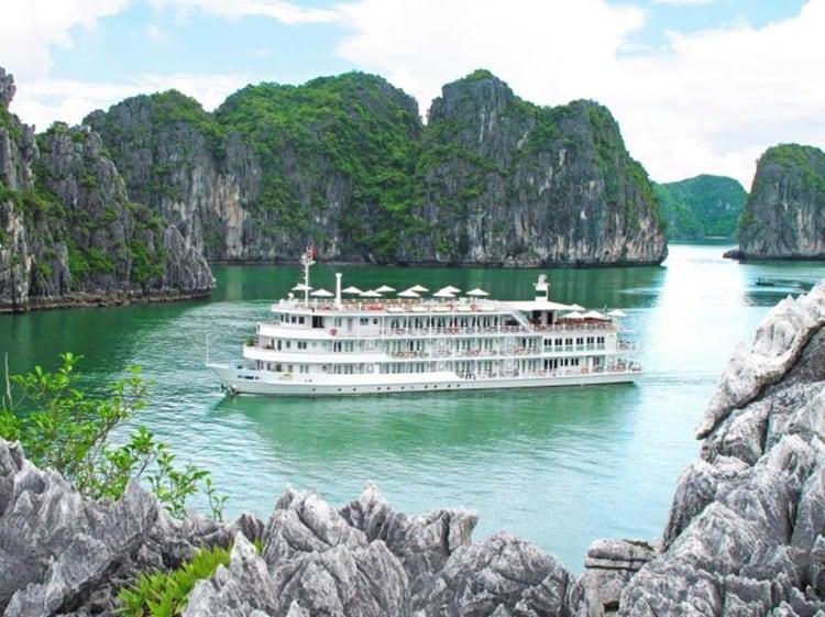 The Au Co Cruise Halong Bay