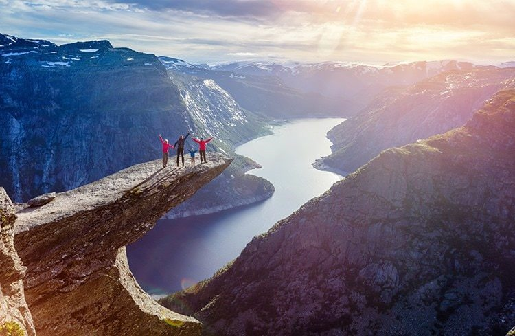 Family On Trolltunga