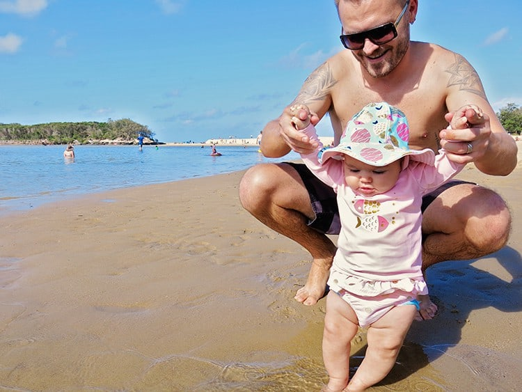 7 Reasons why you should spent time with your baby at the beach!