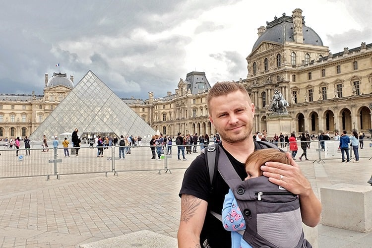 France witha Baby tips - Baby carrier