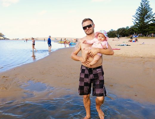 What to pack in your baby beach bag