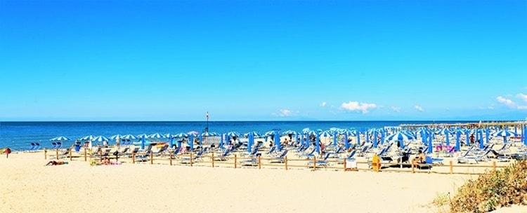 Strand Calambrone Tuscany Beach