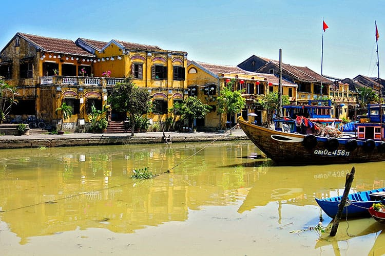 Hoi An Old Town Travel Guide