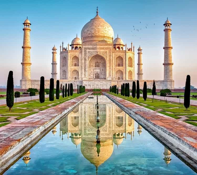 Things to do in India with Kids - Visit the Taj Mahal