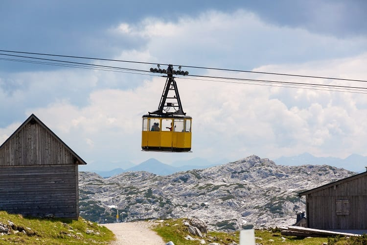 Dachstein Linerope Gondola - Dachstein Krippenstein Cable car