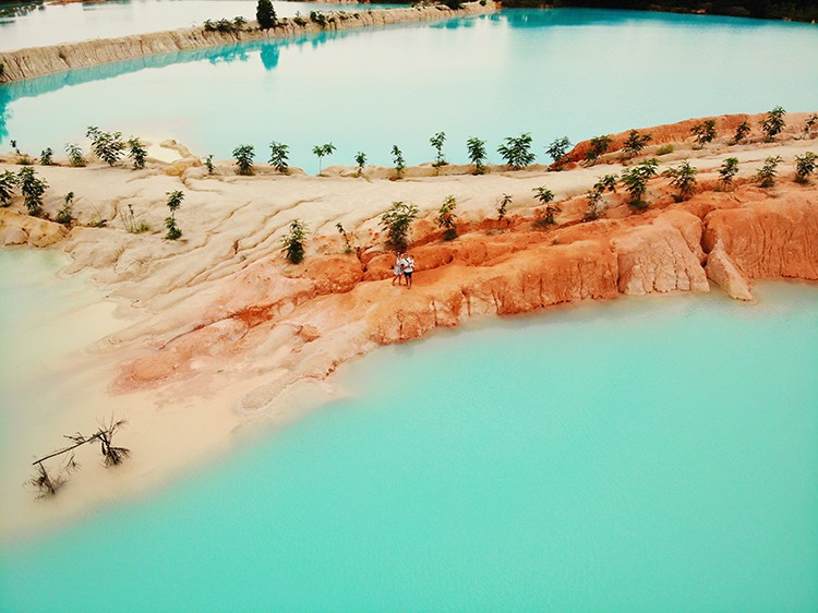 Danau Biru, Kawal Bintan Island Indonesia