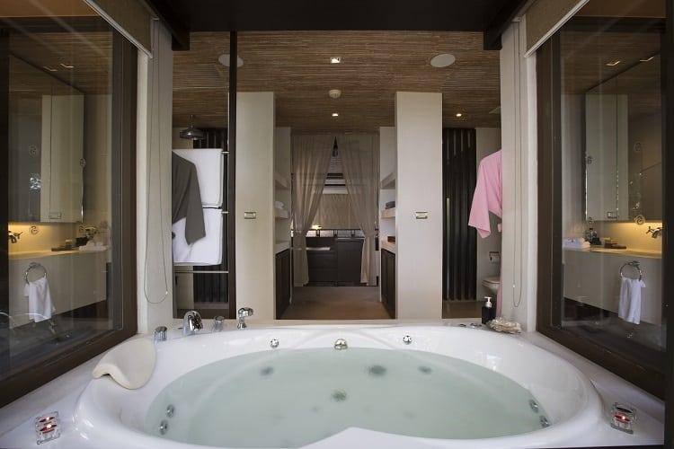 Viva Panawa - Master Ensuite Bathroom