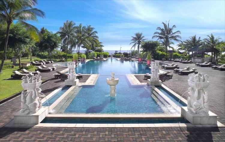 Angsana Bintan Pool