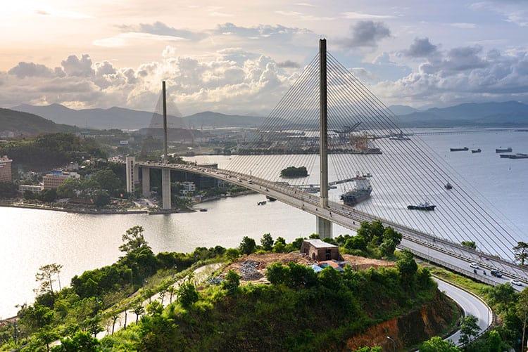 Bai Chay Bridge, Halong Bay