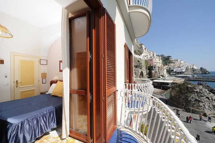 Best Amalfi Towns Hotels - Hotel La Bussola - Room