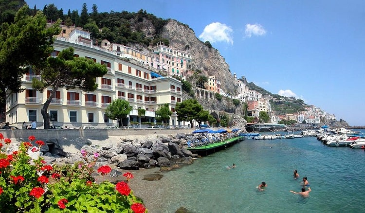 Best Amalfi Towns Hotels - Hotel La Bussola - View