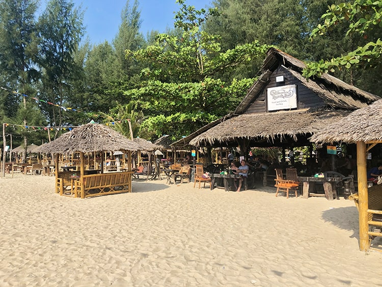Memories Beach Bar in Khao Lak