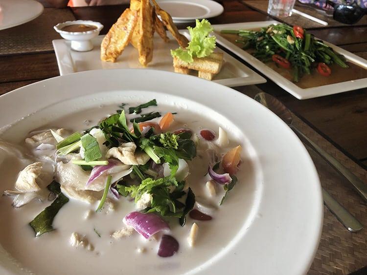 Where to eat on Koh Lipe Island Thailand